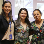 Adriana de Pádua Mendonça à esquerda. Caroline Rodrigues, ao centro e Ana Miranda à direita